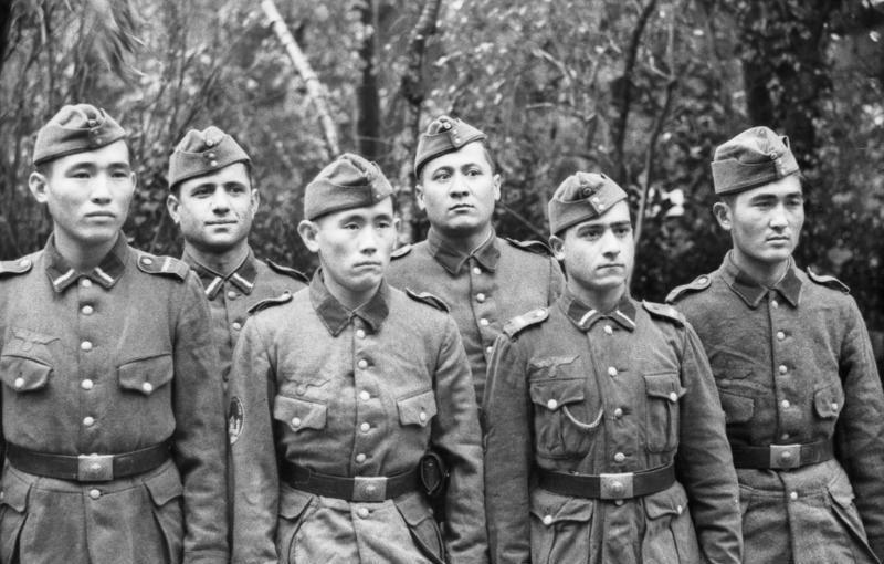 Nazi Ordusundaki Türkmen Gönüllüleri